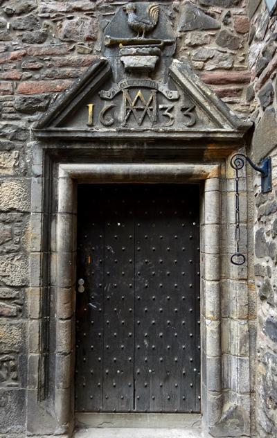 Scotland doors02